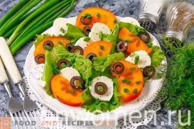 Salade à la mozzarella et au kaki
